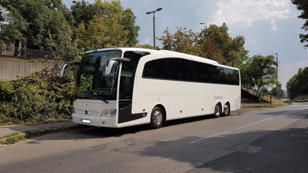 Luxus autóbusz közvetítés Budapesten