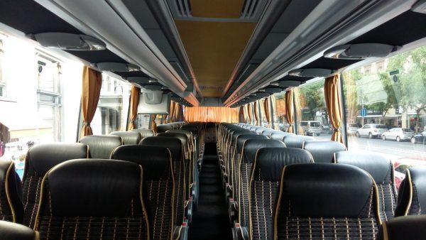 57fős Mercedes Travego autóbusz belülről
